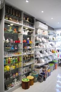 Section - 4 : Crockery, Ceramic Dinner sets, Melamine Dinner sets, Glass Dinner Sets, Handi, Pickle Jars, Glass Plates, Tempered Glass Plates, Ceramic cups with Stand, Handi, Ceramic Plates, Melamine Plates and Flower Vases